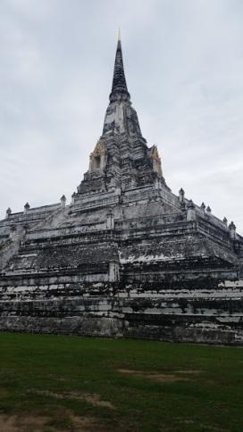 Scorched pagodas in Ayuttyua